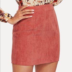 Dresses & Skirts - 🆕Coral corduroy high waisted zip back skirt
